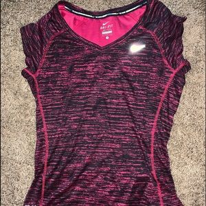 Nike Tops - super cute and comfy nike short sleeve!